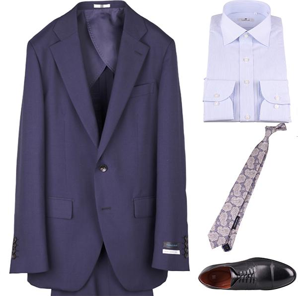 ブルー/サックスワイシャツのコーディネート