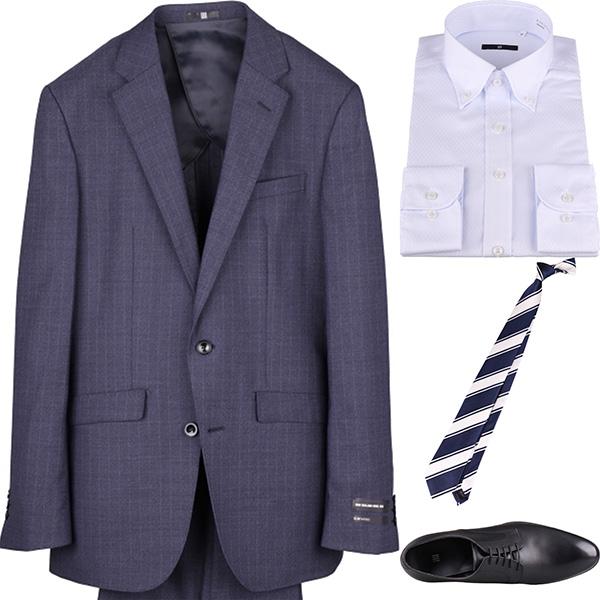今日のコーディネート ネイビーストライプのスーツ×サックスブルーのシャツ