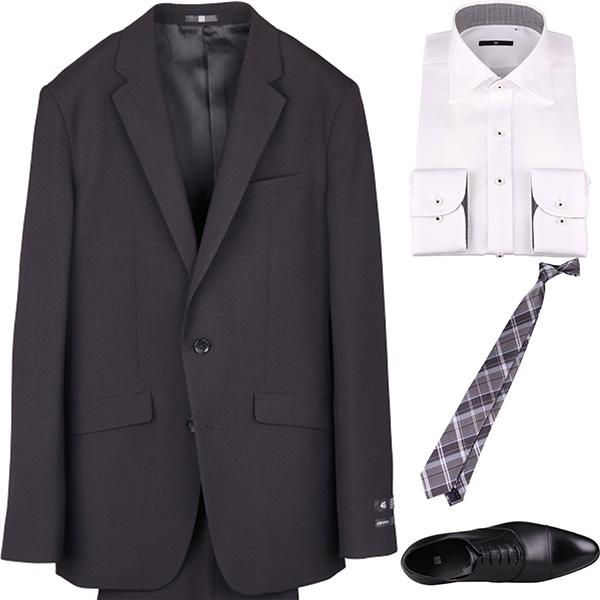 今日のコーディネート ブラックシャドーストライプのスーツ×ホワイトのシャツ