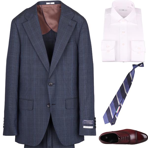 今日のコーディネート ネイビーチェックのスーツ×ホワイトのワイドカラーシャツ