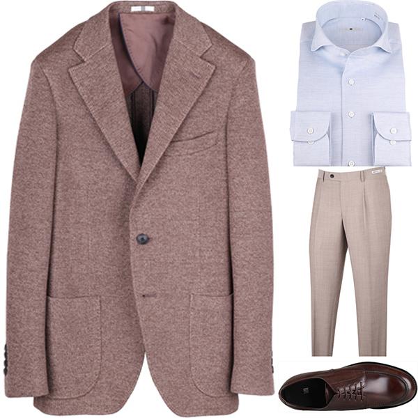 今日のコーディネート ブラウンジャケット×サックスワイシャツ×ベージュパンツ
