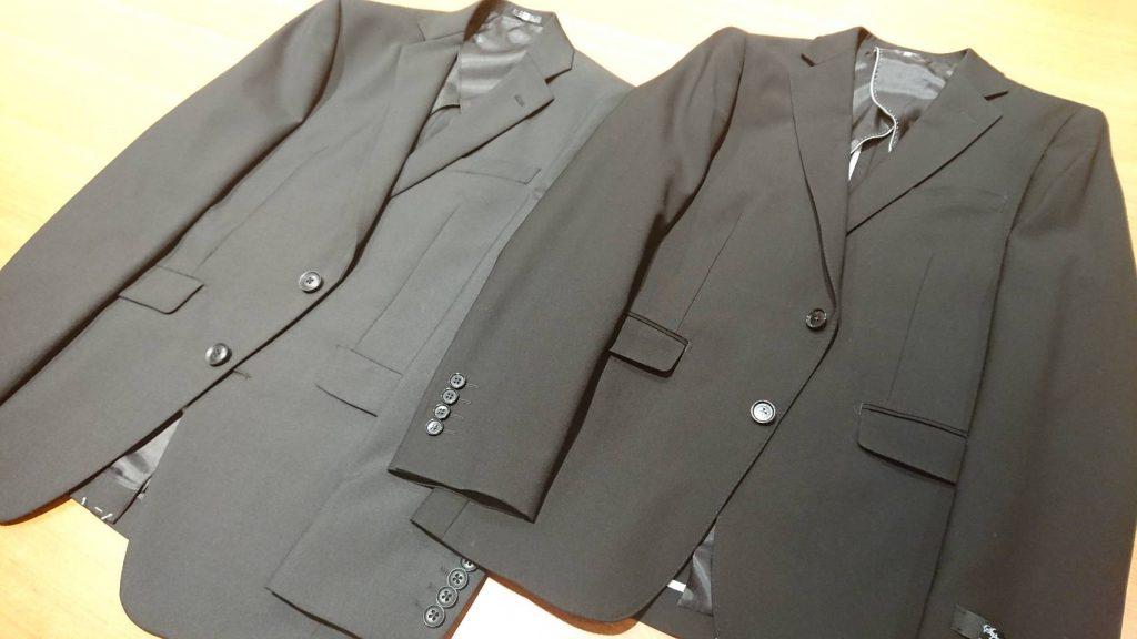 礼服の黒スーツ