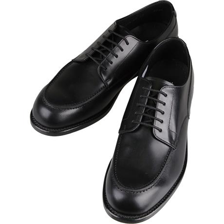 黒の革靴Uチップ