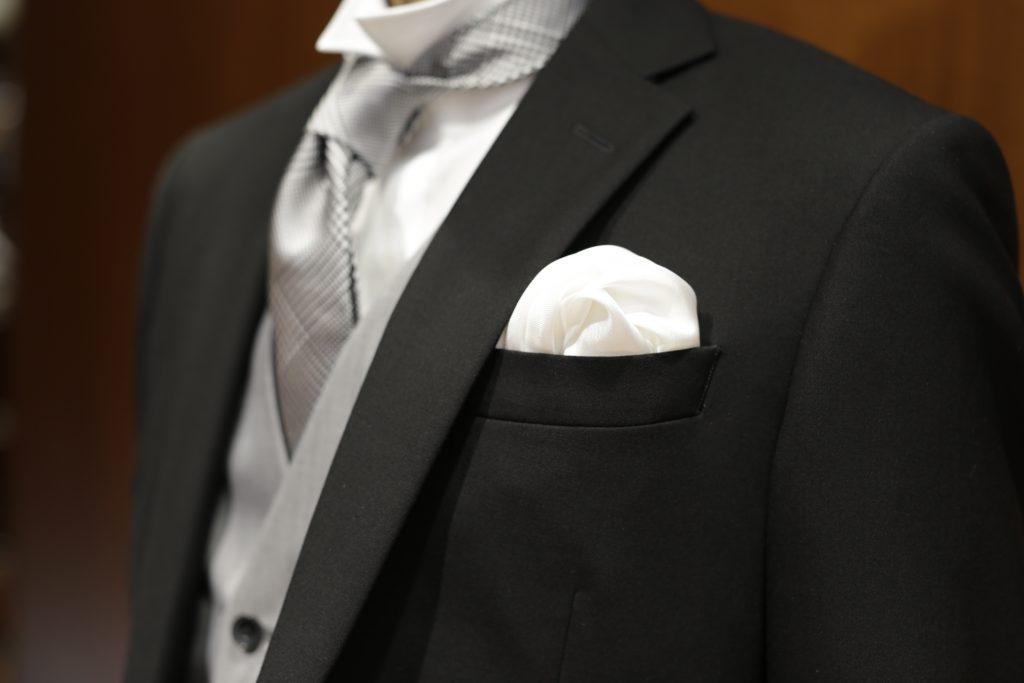 ポケットチーフ白