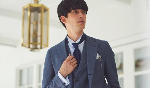 結婚式スーツ 青